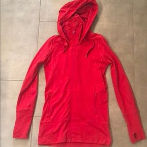 Lululemon full zip jacket with keyholes + hood
